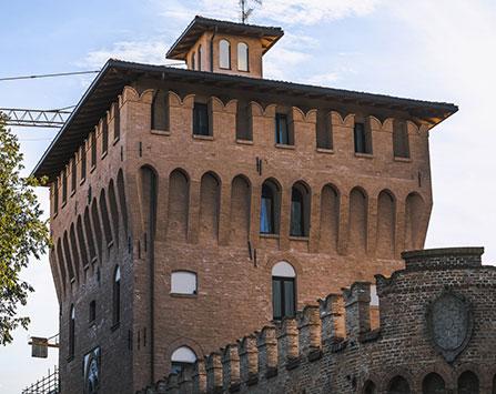 MIRANDOLACastello-dei-Pico_DSC3297-447x355