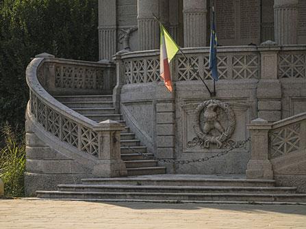 Monumento-ai-Caduti_DSC3356-447x355
