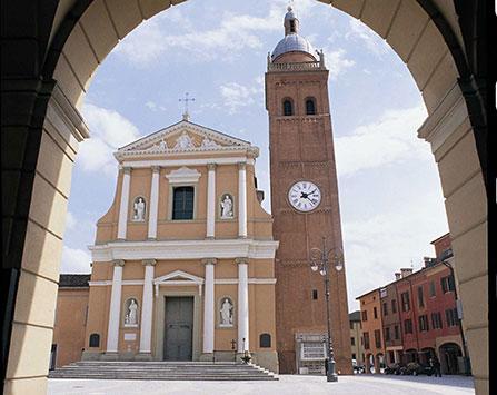 chiesa+piazza+torre-447x355